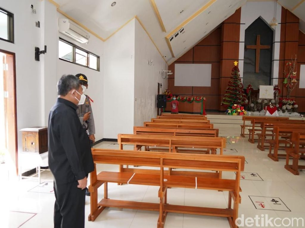 Bupati Garut Ingatkan Gereja Perketat Prokes Saat Perayaan Natal