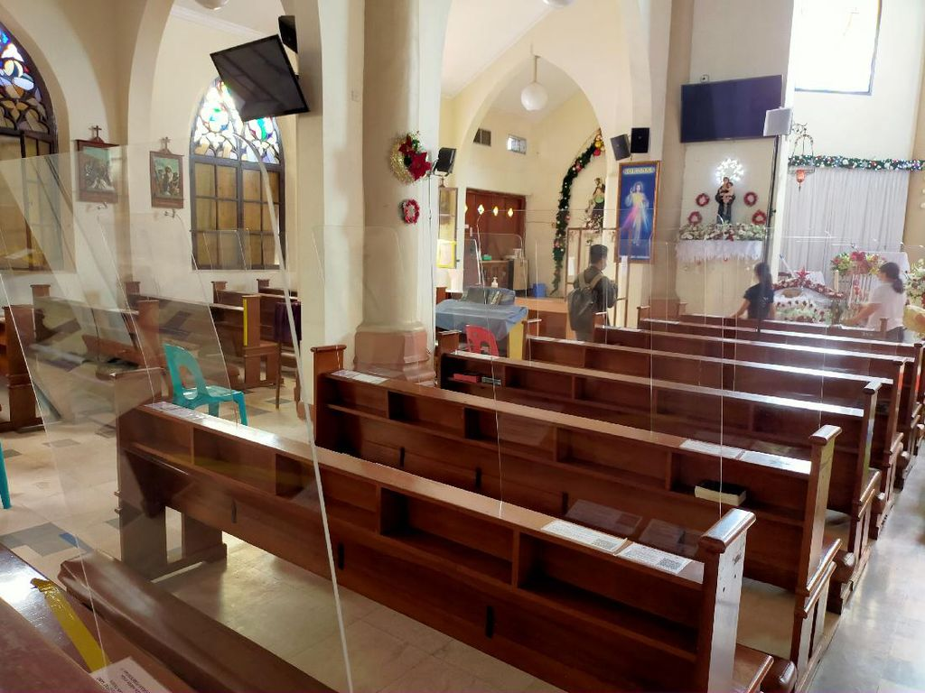 Gereja Katedral Makassar Batasi Jemaat Misa Natal, Siapkan Secara Virtual