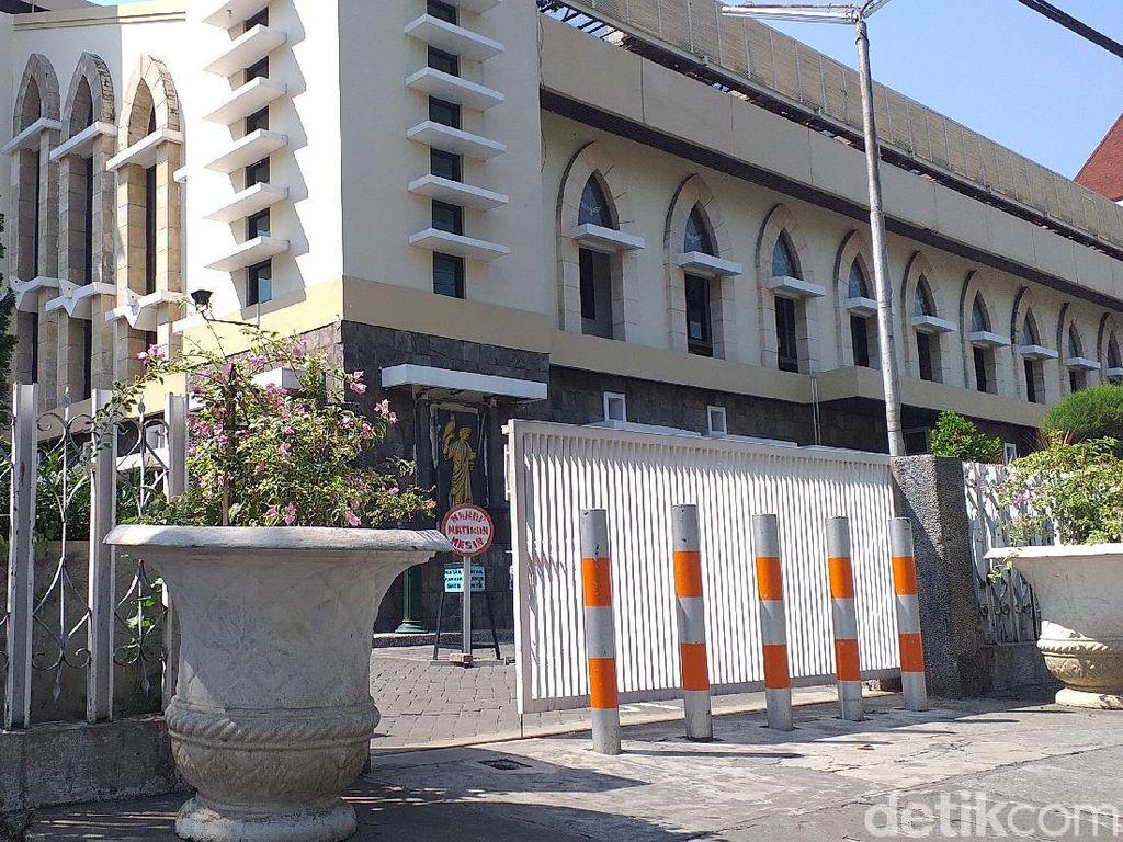 Gereja Santa Maria Tak Bercela Surabaya Batasi Jemaat Misa Hanya 343 Orang