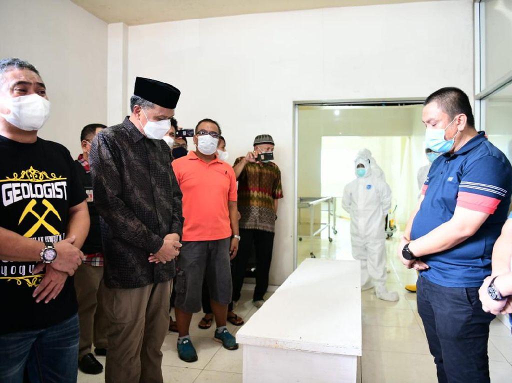 Gubernur Sulsel Sebut Bupati Luwu Timur Sudah Negatif COVID Sebelum Wafat