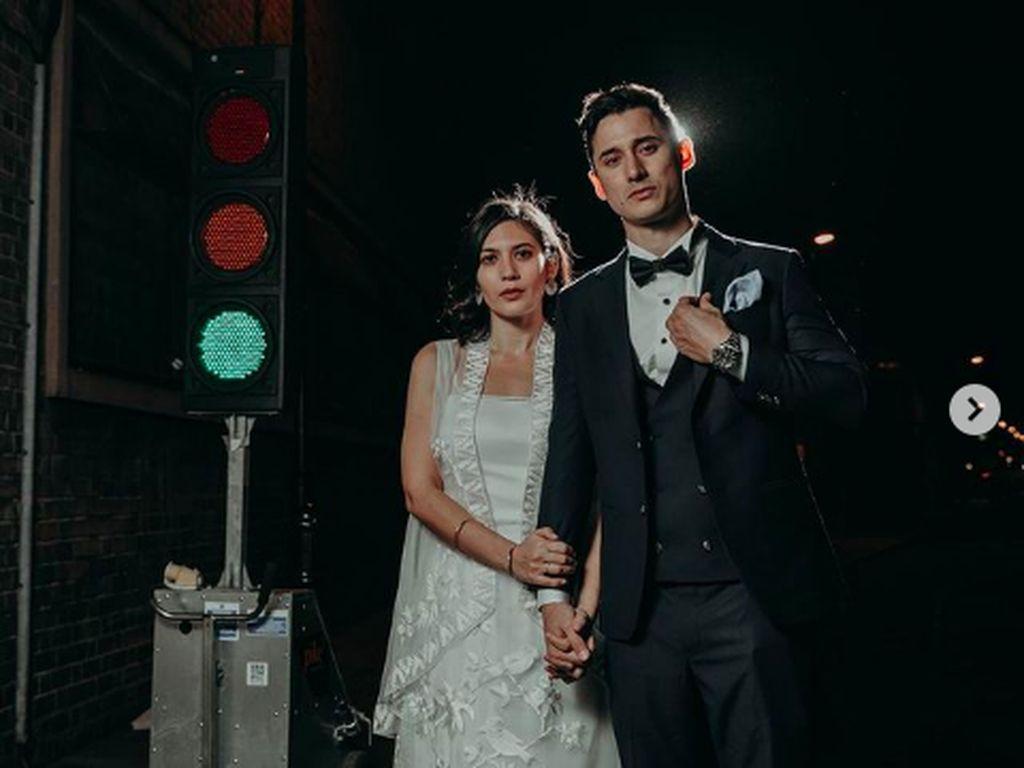 Momen Bahagia Hannah Al Rashid-Nino Fernandez Saat Menikah