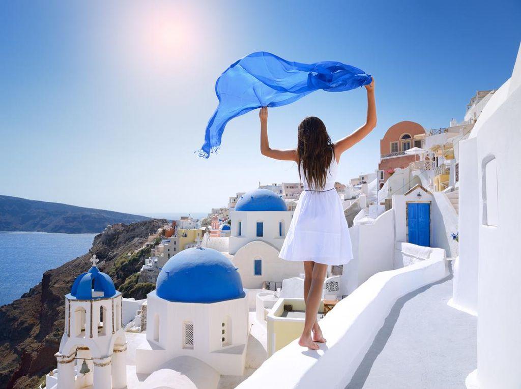 Mau ke Athena atau Santorini? Yunani Buka Pintu buat yang Sudah Divaksinasi