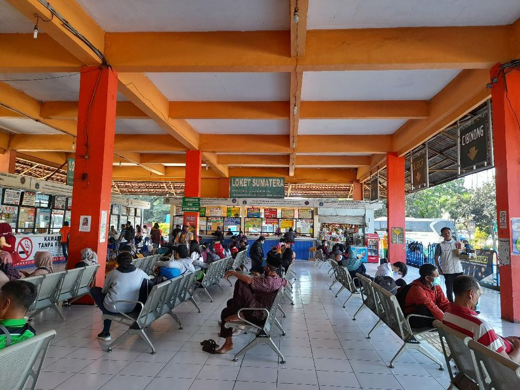 Libur Natal, Terminal Bus Kampung Rambutan Siapkan 350 Bus Per Hari
