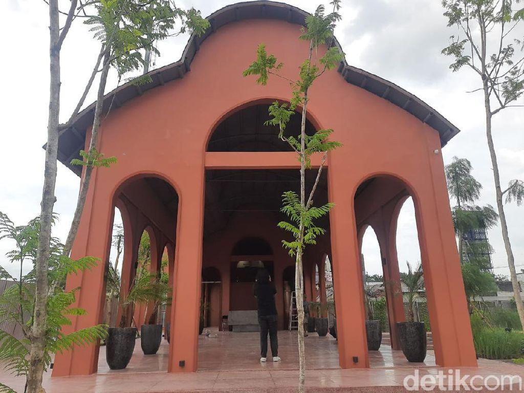 Ini Alasan Risma Batal Resmikan Museum Olahraga di Surabaya