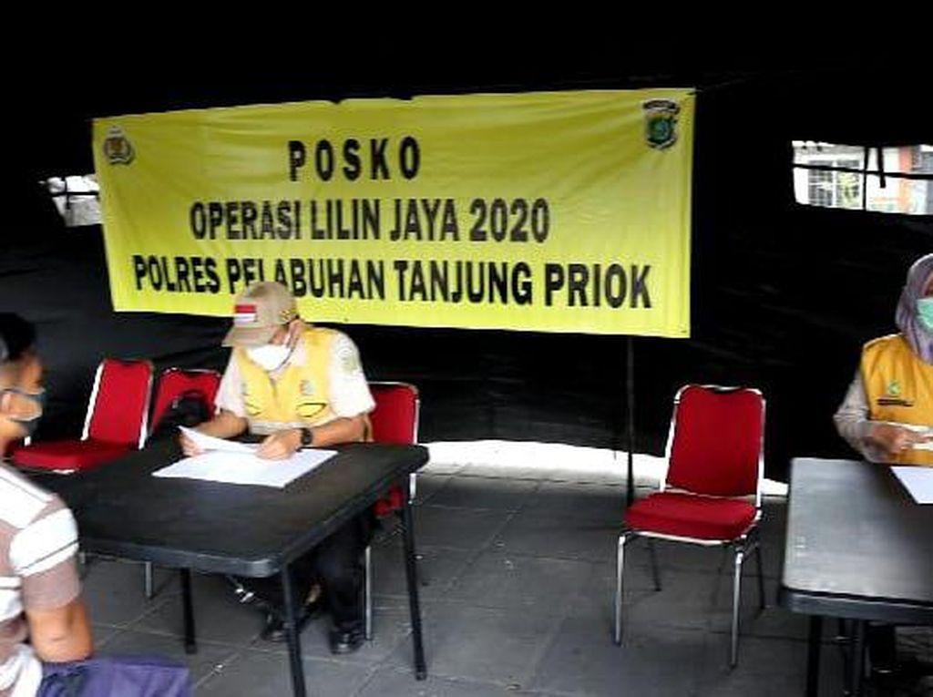 Aksi Polres Pelabuhan Tj Priok Cegah COVID Lewat Operasi Lilin Plus Kemanusiaan