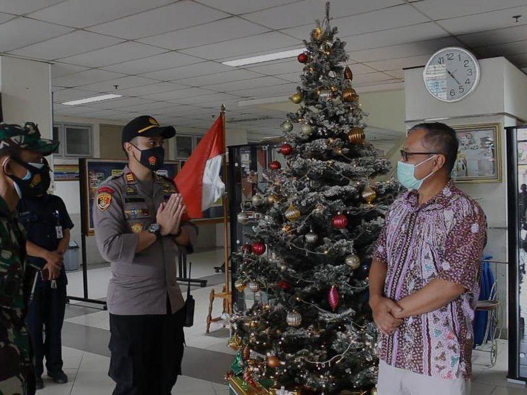 Jelang Misa Natal, Polsek Kelapa Dua Tangerang Gelar Patroli Skala Besar