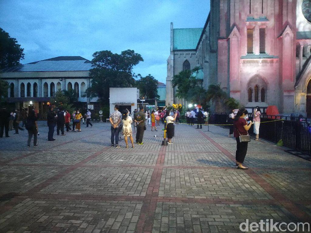 Kesan Jemaat Gereja Katedral Jakarta Jalani Misa Natal di Tengah Pandemi