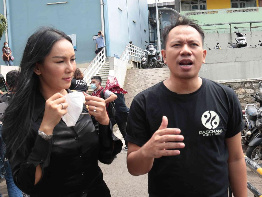 Vicky Prasetyo dan Kalina Bakal Tamasya Cinta di Libur Akhir Tahun