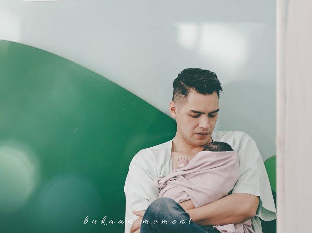 Momen Persalinan Asmirandah Lahirkan Anak Pertama