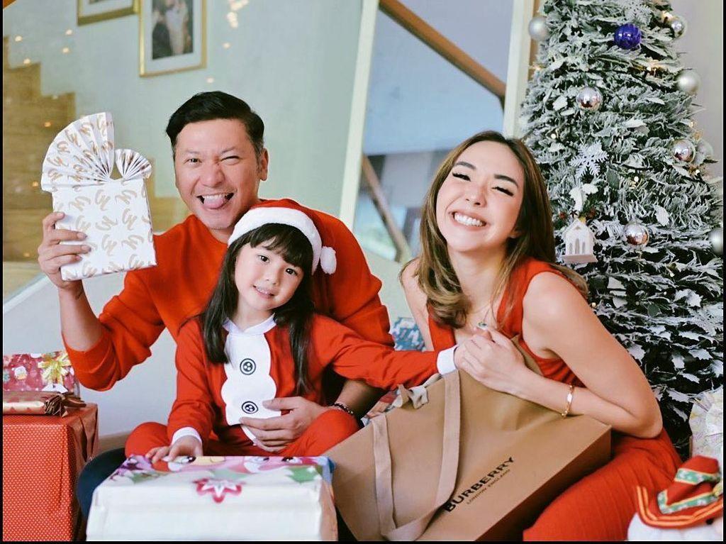 Momen Natal Gisel hingga Ruben Onsu Bersama Keluarga