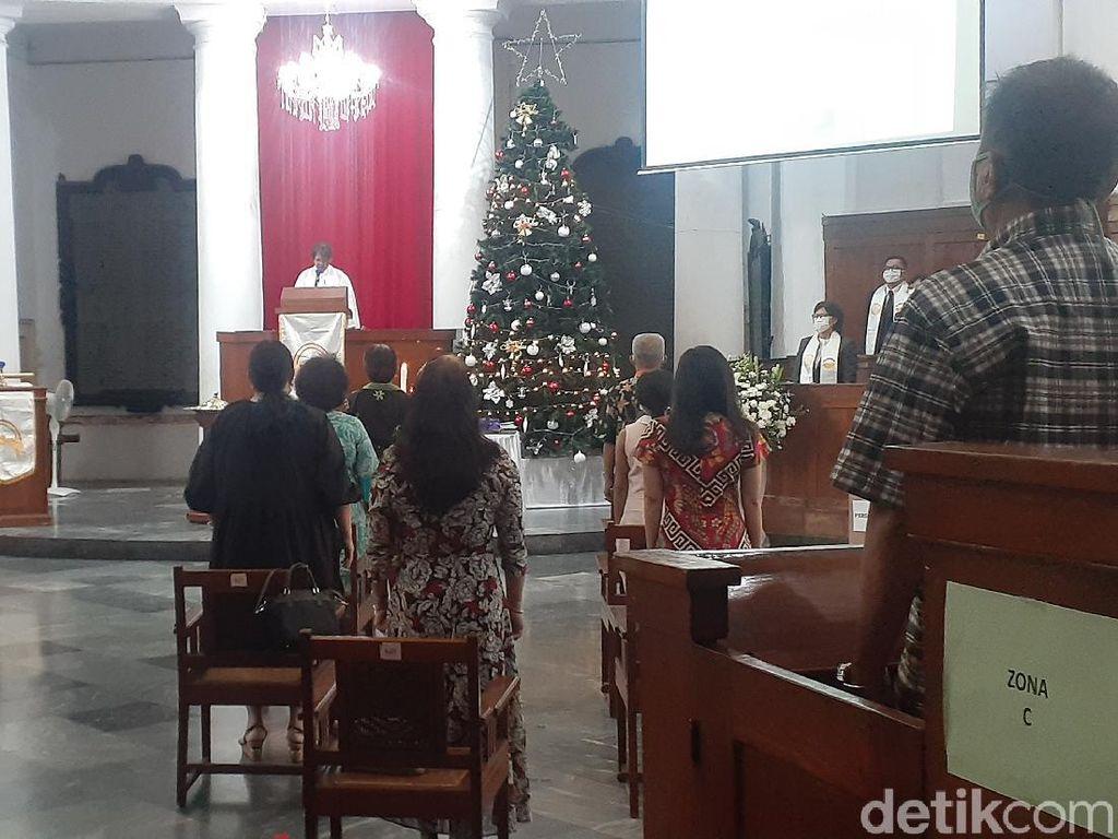 Ibadat Natal Saat Pandemi COVID, Jemaat GPIB Immanuel Doakan Pemerintah