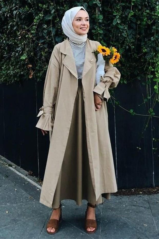 Long coat dan rok circular