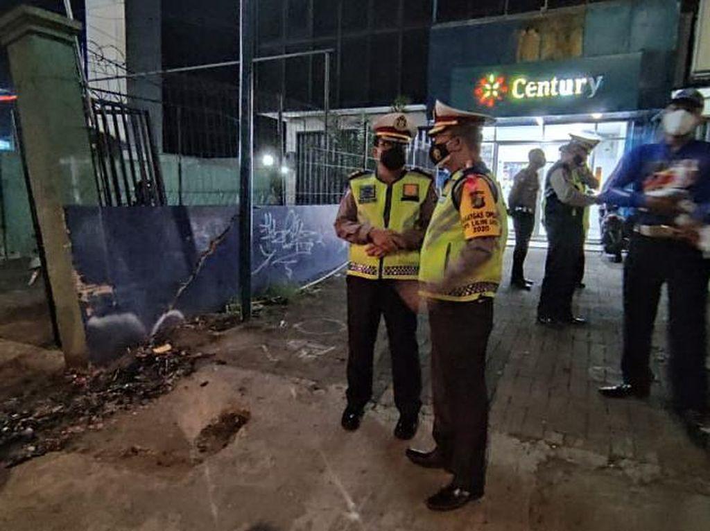 Olah TKP Kecelakaan Maut di Jaksel, Ini yang Digali Tim Polda Metro