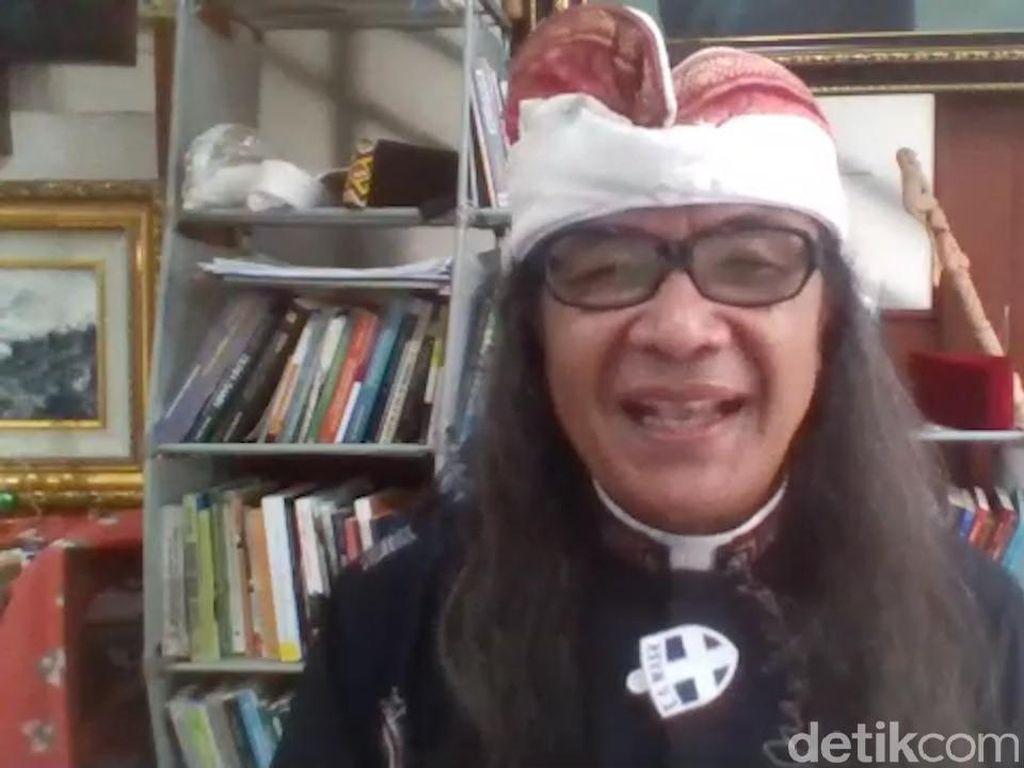 Empat Berkah Natal di Tengah Pandemi, Saksofon dan Rambut Gondrong