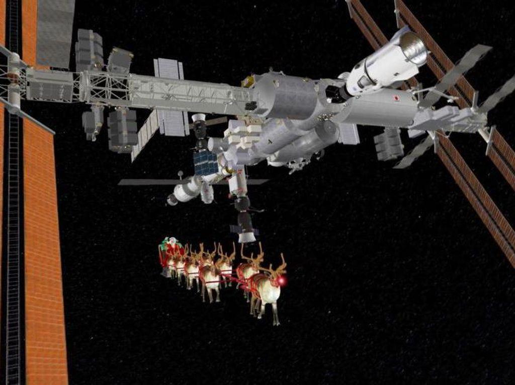 Pertama Kalinya Santa Claus Kunjungi Astronaut di ISS