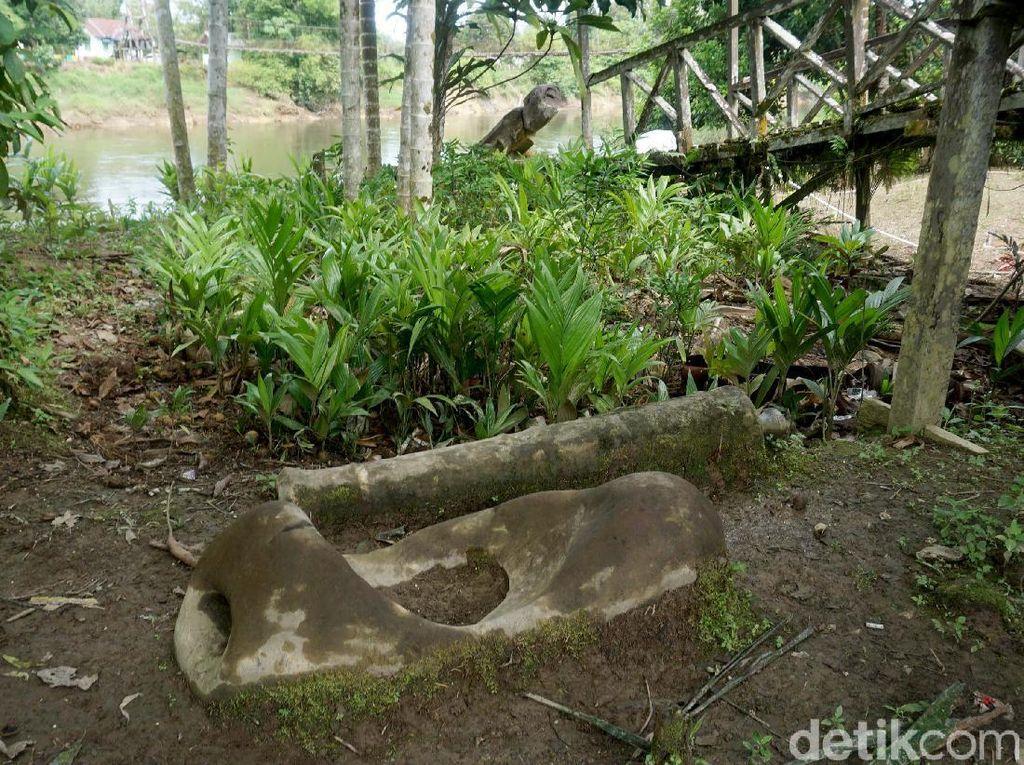 Kisah Batu Pengabul Keinginan Keramat Milik Suku Dayak Taman