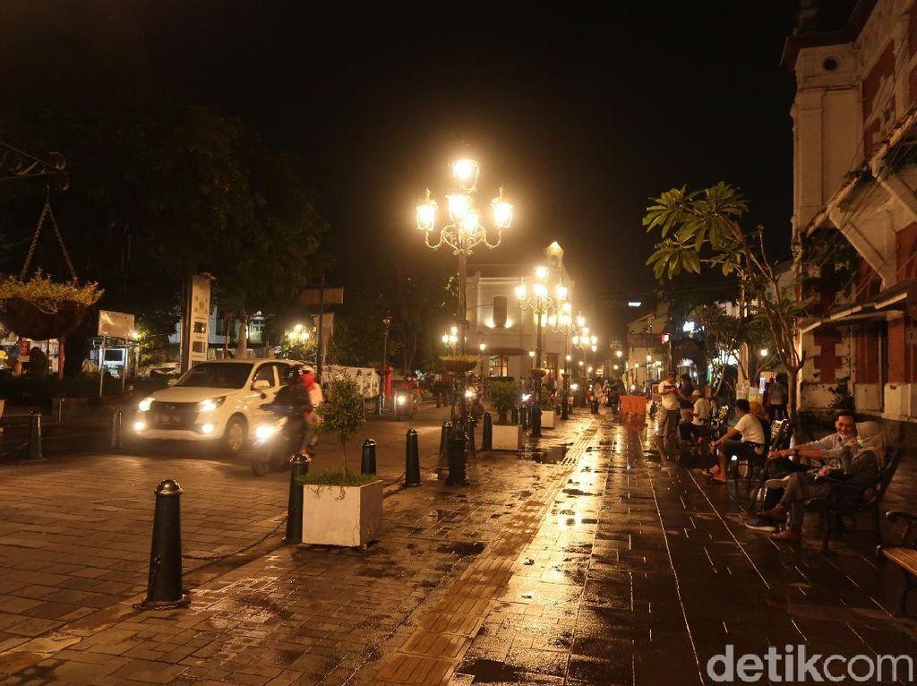 Kota Lama, Destinasi Wisata Malam Favorit di Semarang