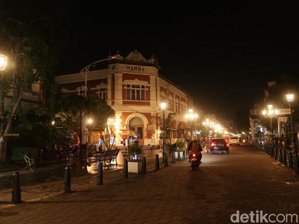 Kini Kota Lama Semarang Akan Tutup Jam 9 Malam