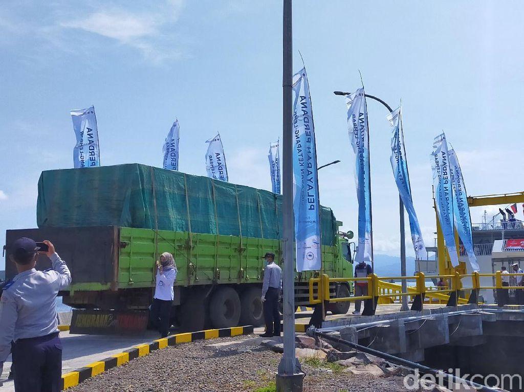 Penyeberangan Ketapang-Lembar Dibuka, Sopir: Lebih Murah Ketimbang Jalan Darat