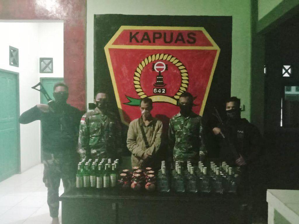 Selundupkan Miras Melalui Jalan Tikus di Kapuas, Seorang Pria Diamankan