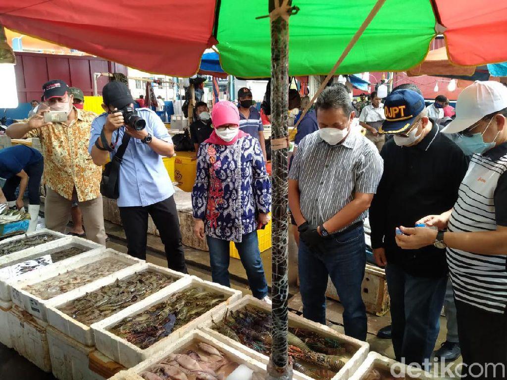 Saat Trenggono Tanya-tanya Nelayan Muara Angke soal Lobster