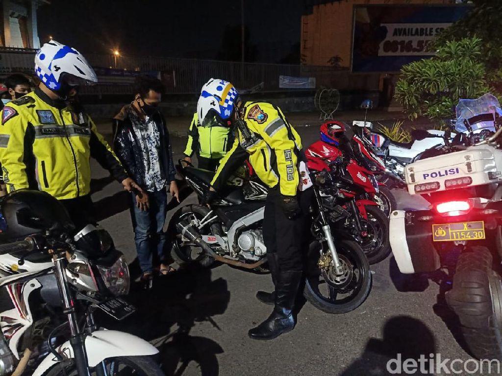 Polisi Gresik Larang Gunakan Knalpot Brong Saat Malam Tahun Baru