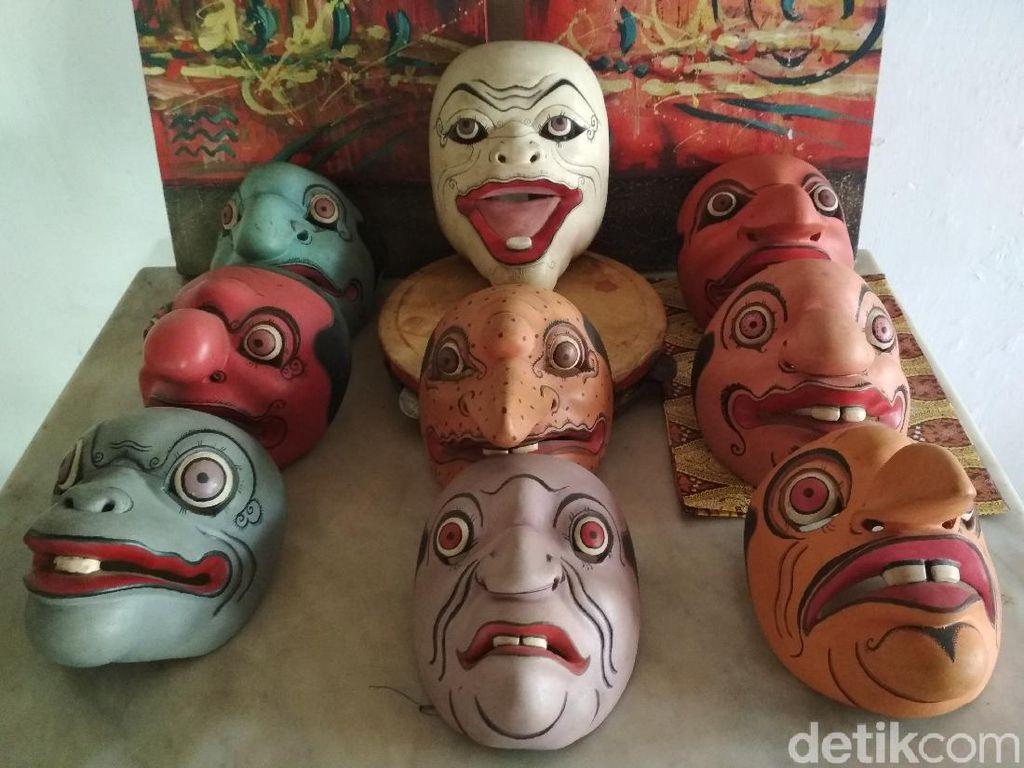 Kisah Sembilan Topeng Punakawan Cirebon, Refleksi Tulusnya Abdi Raja