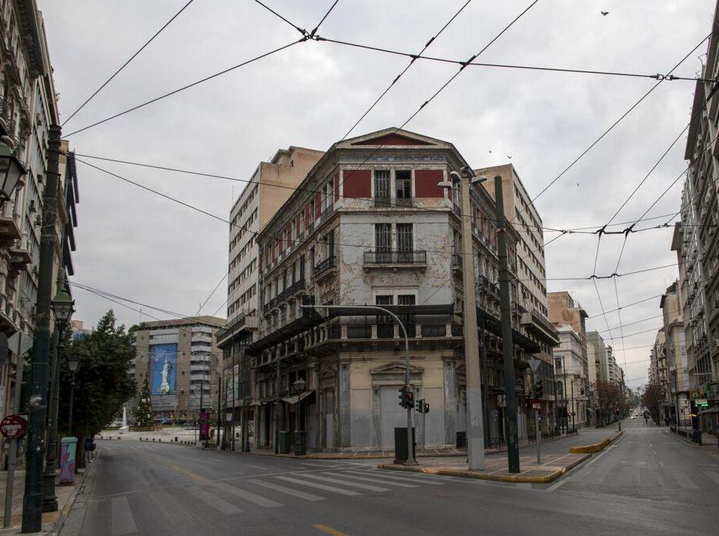 Tanpa Turis Saat Pandemi, Kota Tua Athena Bak Kota Mati