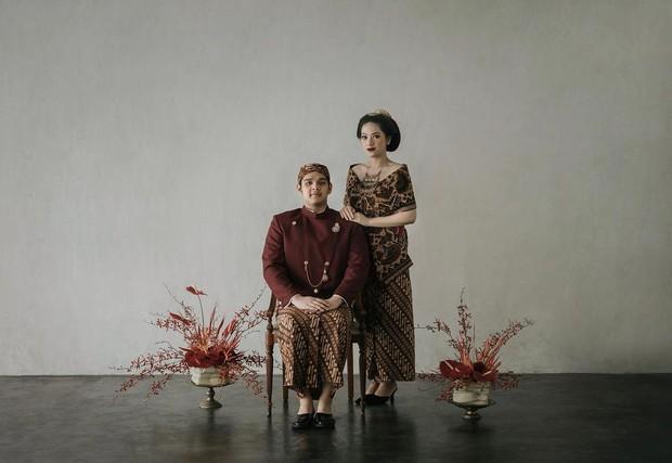 Selain tema modern, Nabila dan Harits mengambil tema adat. Keduanya memilih menggunakan adat Jawa.