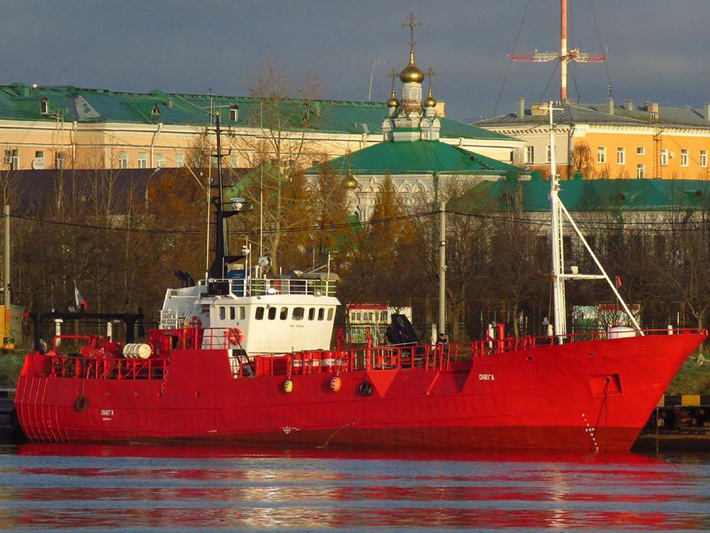 17 Nelayan Dikhawatirkan Tewas Usai Kapalnya Tenggelam di Perairan Arktik