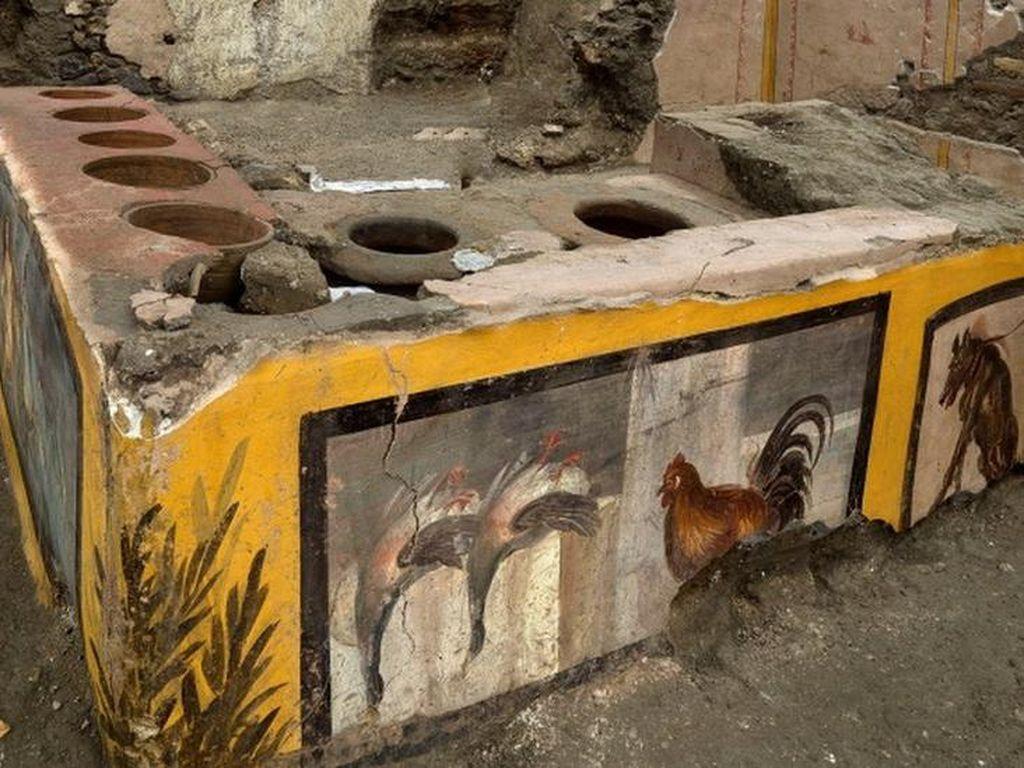 Terkubur 2.000 Tahun, Kedai Makanan Siap Saji di Pompeii Dibuka untuk Umum