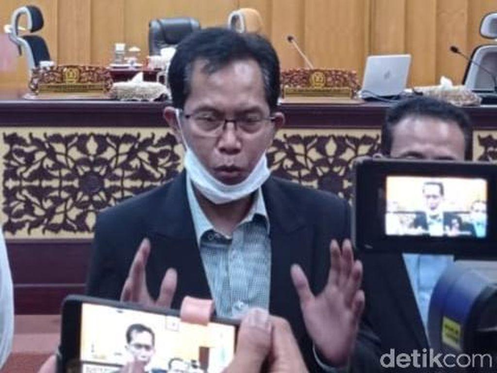DPRD Surabaya Bahas Pemberhentian Risma Sebagai Wali Kota