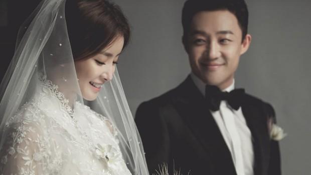 Fakta-Fakta Lee Si Young Menikah dengan Pengusaha/soompi.com