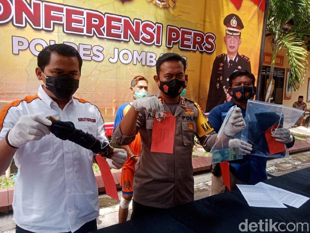 Tak Pingsan Justru Teriak Jadi Alasan Pria Ini Bunuh Janda di Jombang