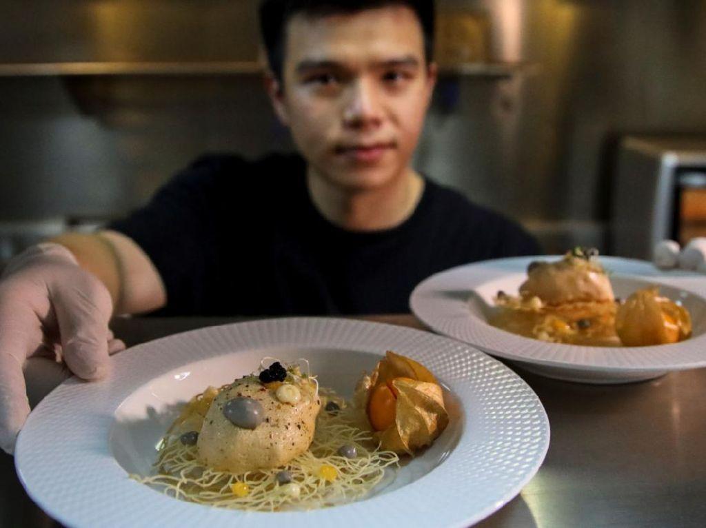 Keren! Bulu Ayam Diolah Jadi Makanan Berprotein di Thailand