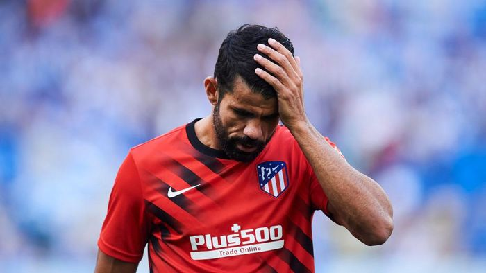 SAN SEBASTIAN, SPAIN - SEPTEMBER 14: Diego Costa of Atletico de Madrid reacts on prior to the warm up during the Liga match between Real Sociedad and Club Atletico de Madrid at Estadio Reale Arena on September 14, 2019 in San Sebastian, Spain. (Photo by Juan Manuel Serrano Arce/Getty Images)