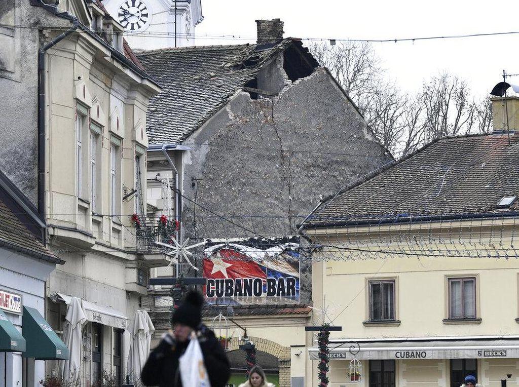 Detik-detik Gempa M 6,3 Guncang Kroasia