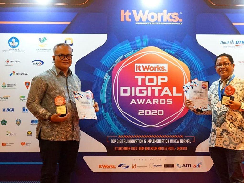 Dirut Petrokimia Gresik Raih Top Leader On Digital Implementation