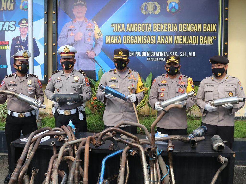 Polisi Amankan 81 Knalpot Brong yang Akan Dipakai Rayakan Tahun Baru