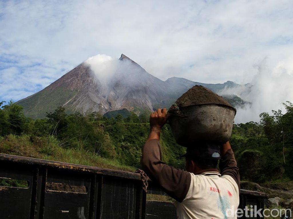 Warga 3 Dusun Lereng Merapi Klaten Belum Mau Ngungsi, Ini Langkah Pemkab