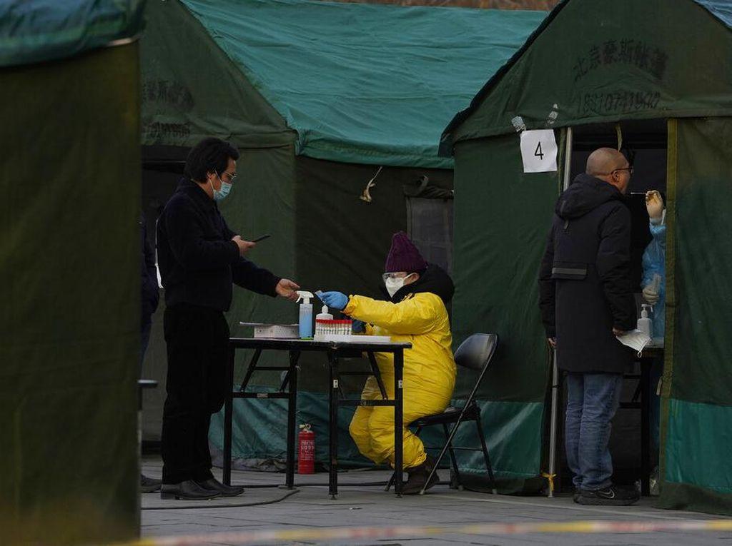 Kasus COVID-19 Meningkat, Beijing Lockdown