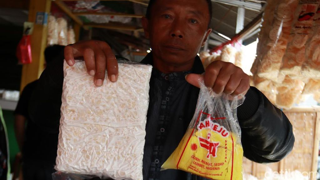 Begini Cara Pedagang di Bandung Siasati Harga Kedelai Naik