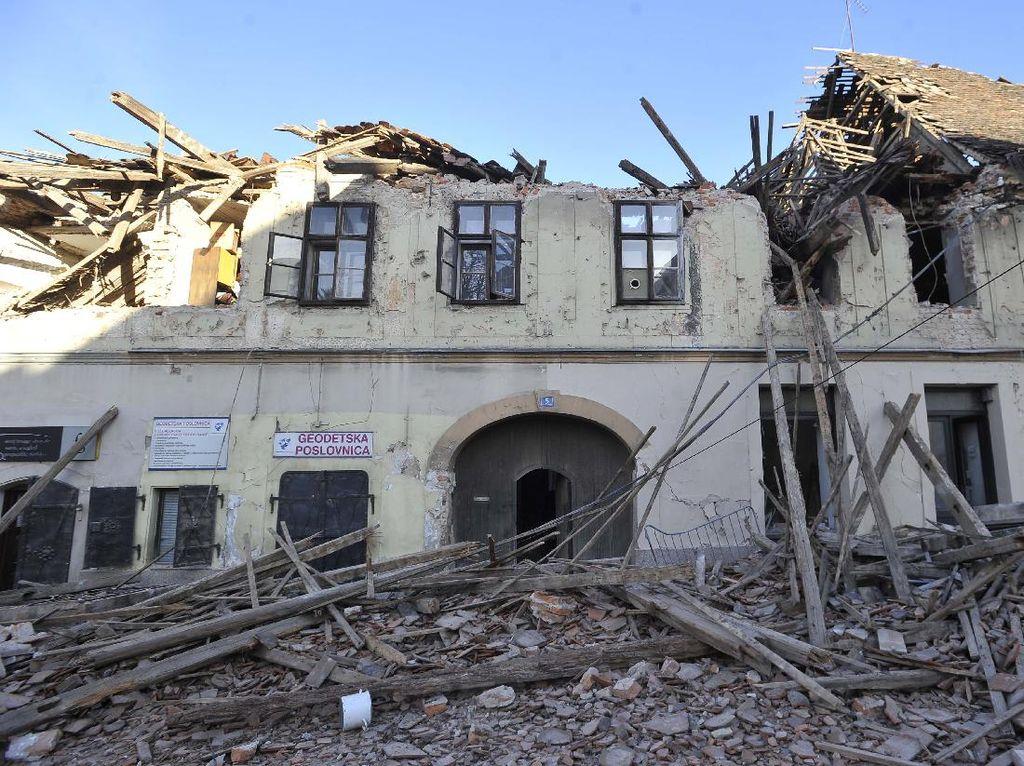 Potret Kerusakan Bangunan Akibat Gempa di Kroasia