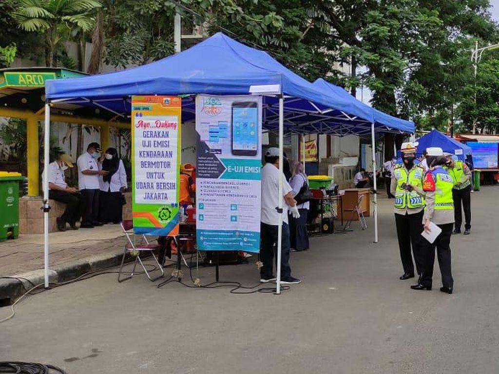 DLH DKI Jakarta Gelar Uji Emisi Gratis, 50 Kendaraan Masyarakat Diperiksa