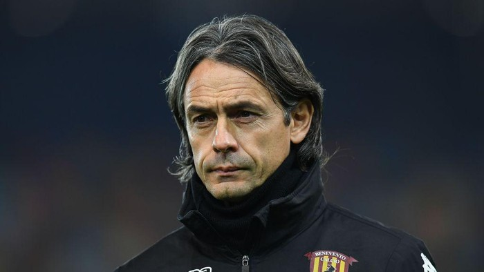 UDINE, ITALY - DECEMBER 23: Filippo Inzaghi head coach of Benevento Calcio looks on during the Serie A match between Udinese Calcio and Benevento Calcio at Dacia Arena on December 23, 2020 in Udine, Italy. (Photo by Alessandro Sabattini/Getty Images)