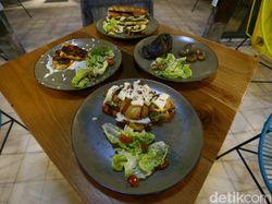 Ketika Korban PHK Pandemi di Bali Bikin Restoran