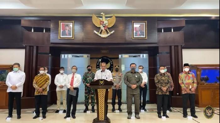 Konferensi pers pemerintah pelarangan FPI (Foto: Screenshot YouTube Kemenkopolhukam)