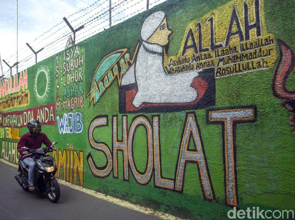 Mural Bernuansa Islami Hiasi Sudut Kawasan Kalibata