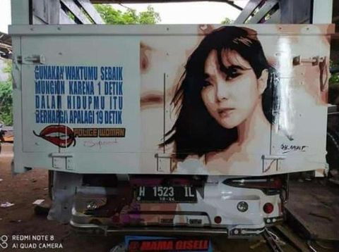 Viral di Twitter, belakang truk goresan pena video Gisel.