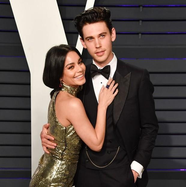 Pada Januari 2020, sebuah sumber Us Weekly dilaporkan mengklaim Vanessa Hudgens dan Austin Butler putus setelah sembilan tahun berpacaran.